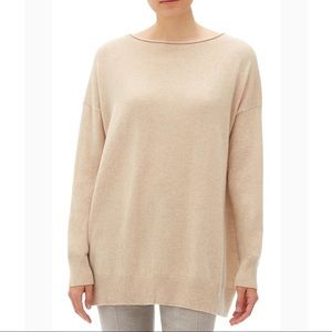 NWT Lafayette 148 Relaxed Cashmere pull over